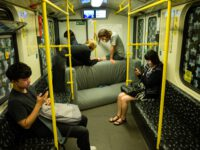 Couch in U-Bahn